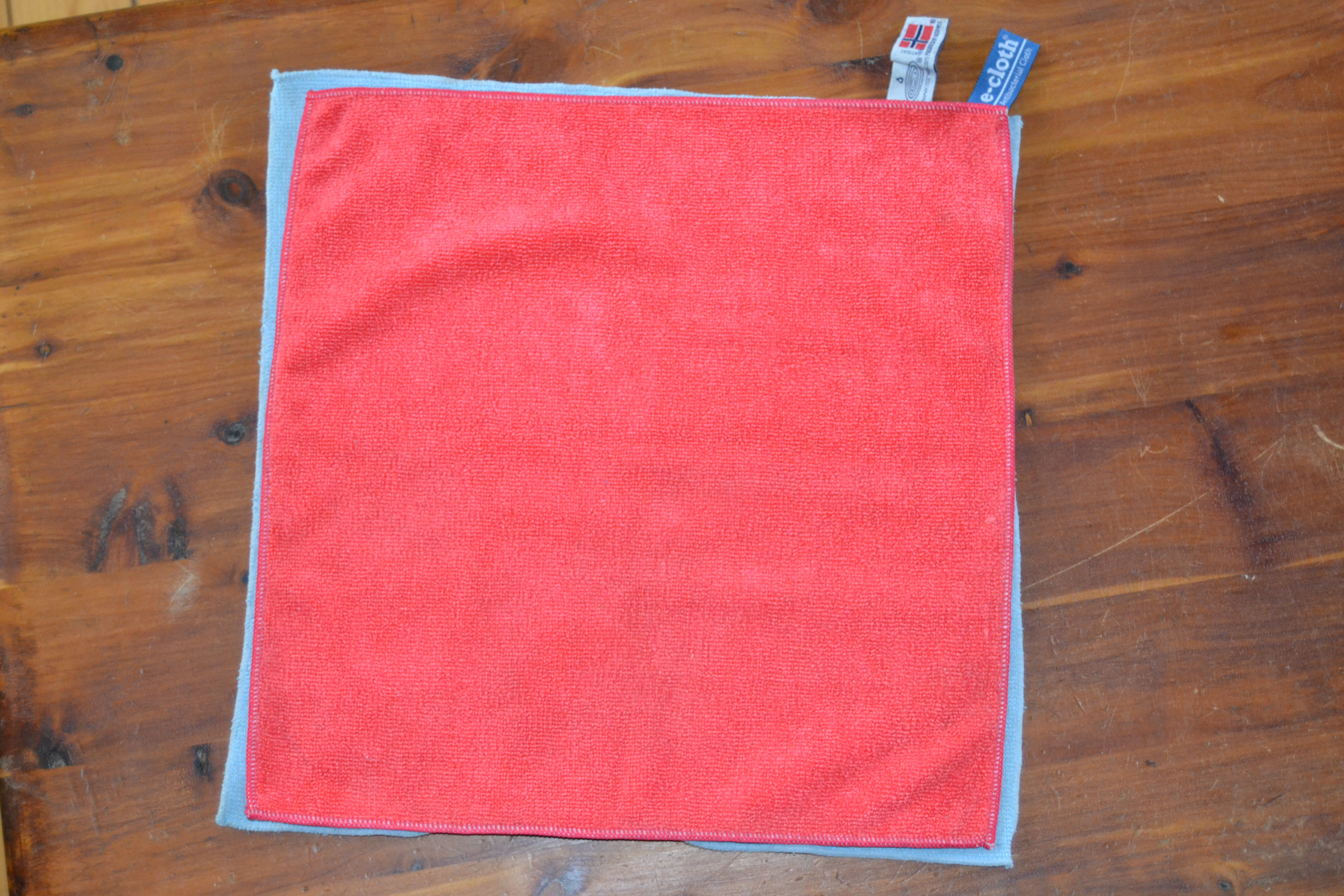 e-cloth ® General Purpose Cloth Versus Norwex Enviro Cloth Review – Which is Better?